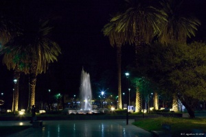 Plaza Chile de nuit