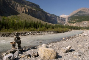 Robson River au niveau du Whitehorn Campground